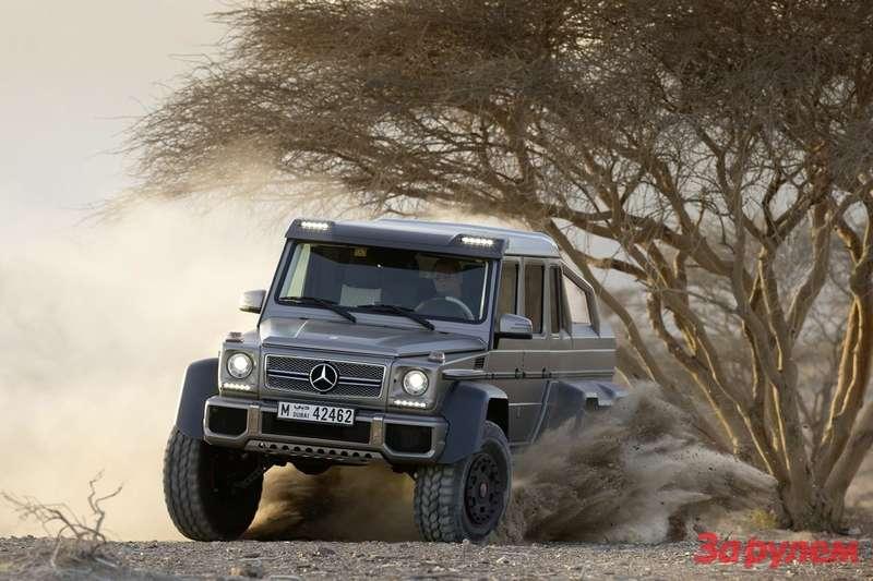 Mercedes Benz G63AMG 6x6 Showcar, Dubai 2013