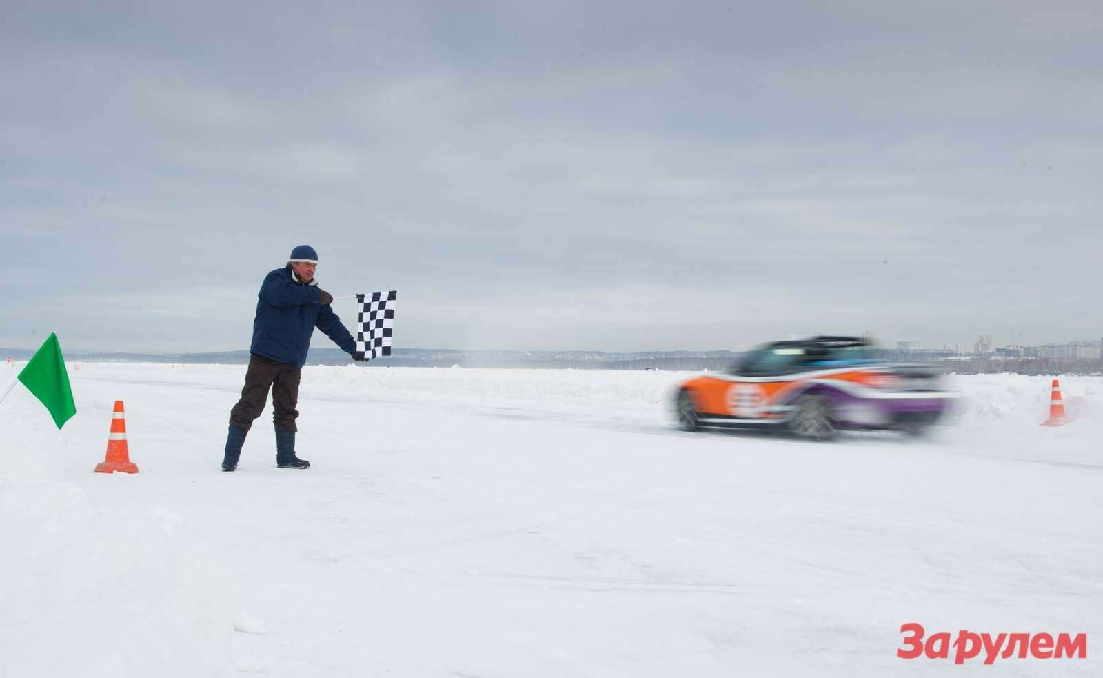 Mazda MX 5 Ice Race 2013      53