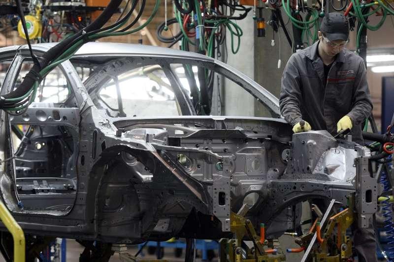 Российский завод Nissan отложит запуск штамповки деталей кузова