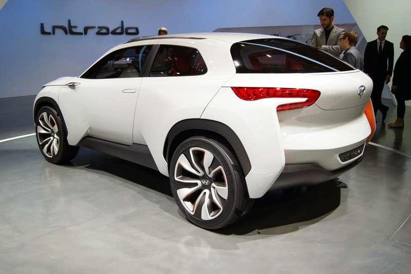 Hyundai-Intrado-Concept-3