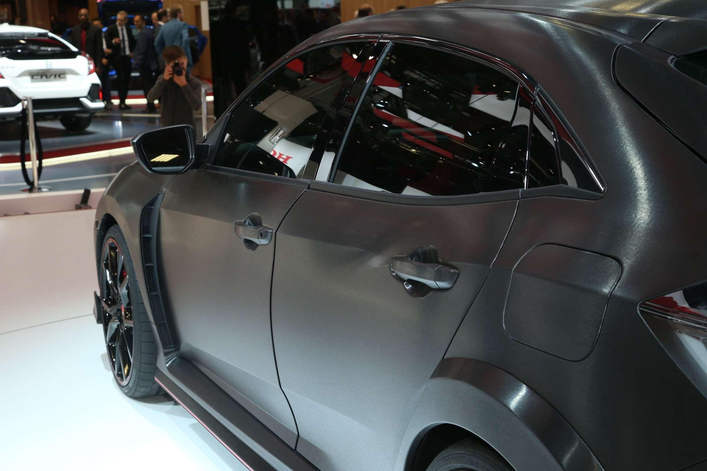 Смотрите ине спрашивайте: Honda показала новый Civic Type R— фото 641965