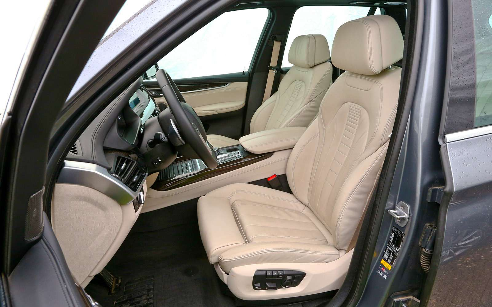 Новый Land Rover Discovery против конкурентов— тест ЗР— фото 784688