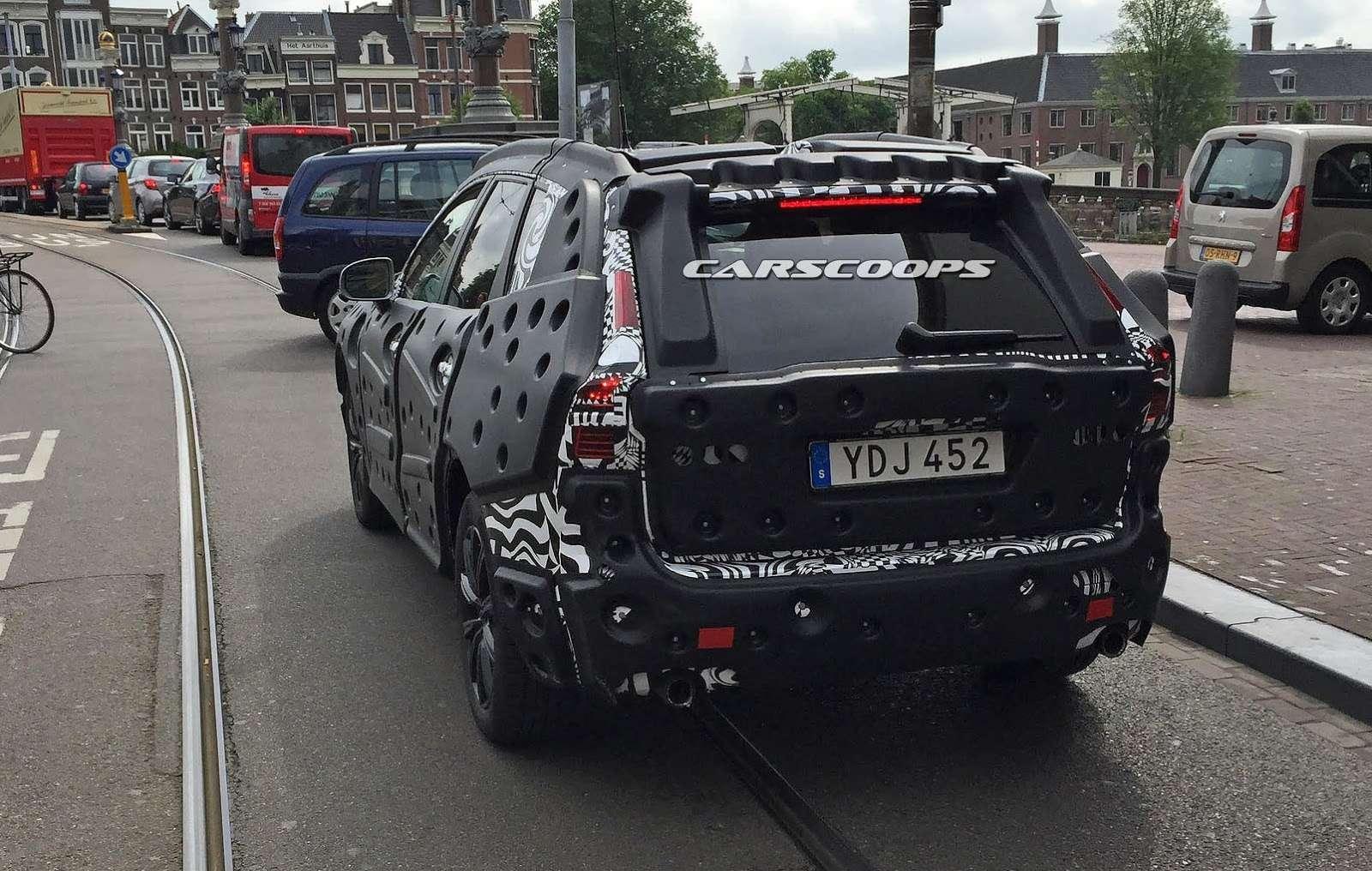 «Шестидесятый», ваш выход: новый кроссовер Volvo попал вобъектив— фото 599215