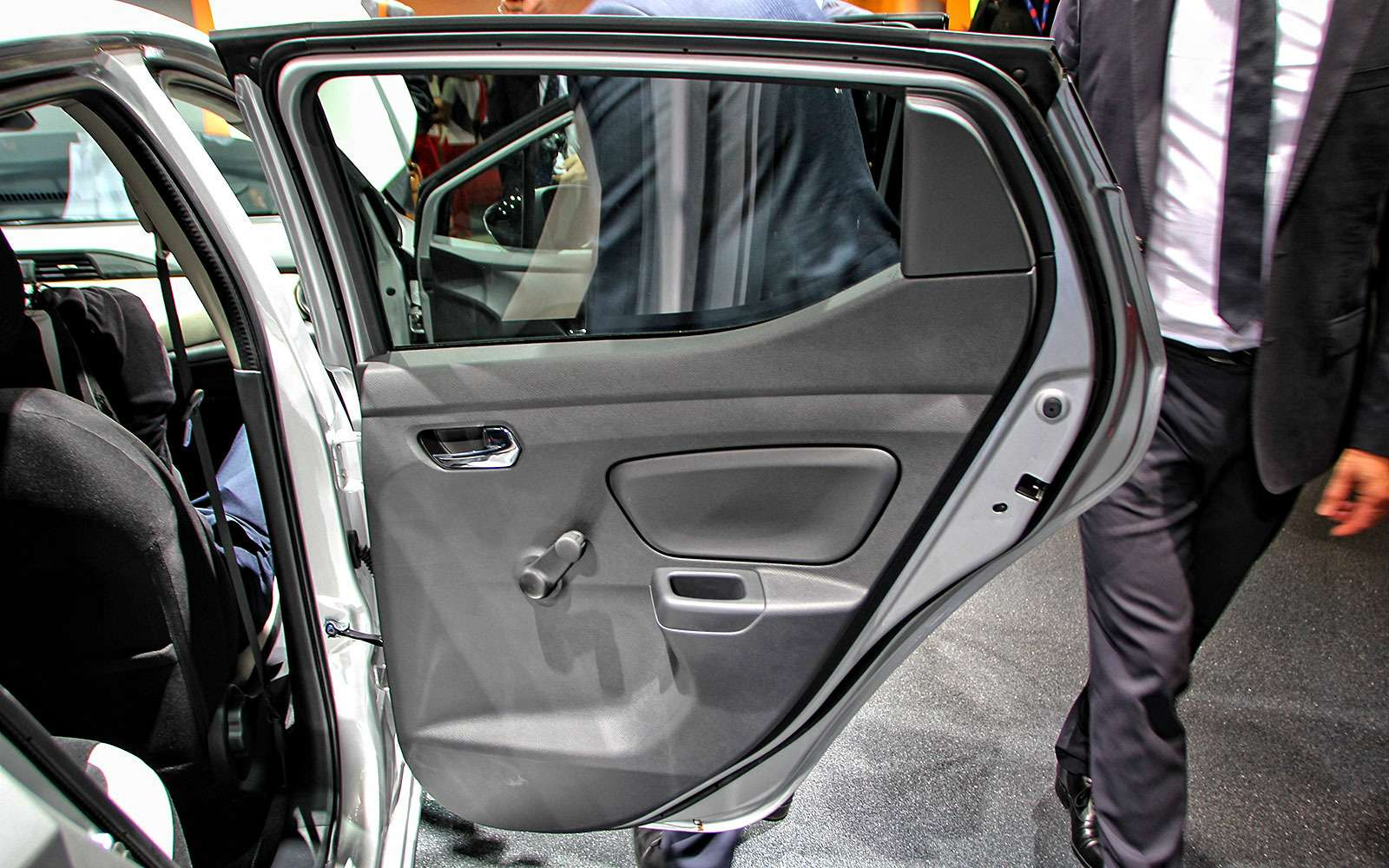 Nissan Micra породнилась с«клюшкой»— фото 641766
