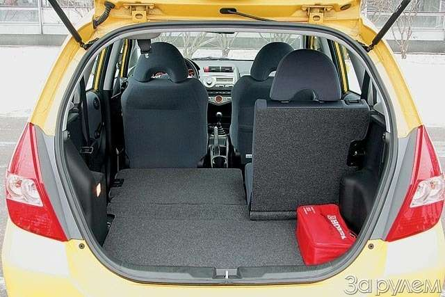 Тест Renault Modus, Peugeot 1007, Honda Jazz. Загадки малых форм— фото 61769