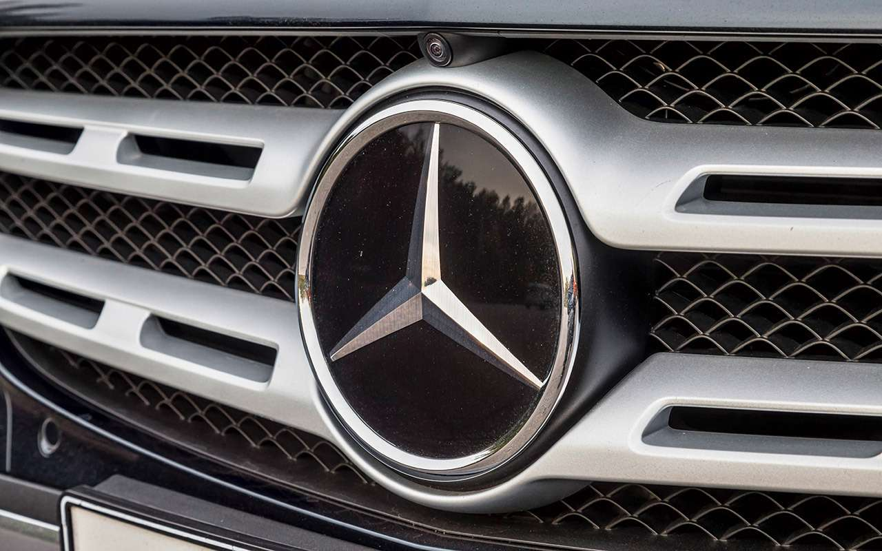 Тест систем автоторможения: богатые тоже врезаются— фото 848930