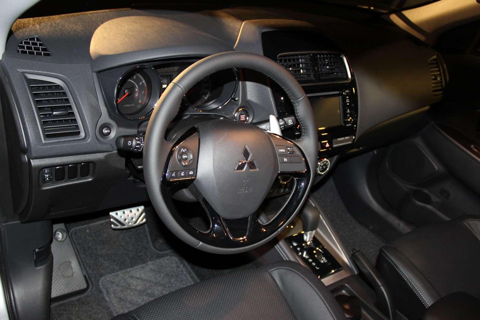 Mitsubishi представила вМоскве обновленный кроссовер ASX— фото 798315