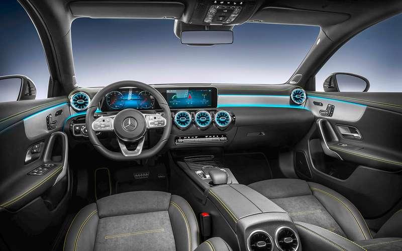 Новый Mercedes-Benz А-класса— первая встреча