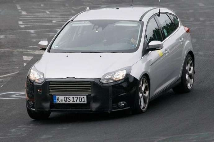 ford focus stfacelift 001no copyright