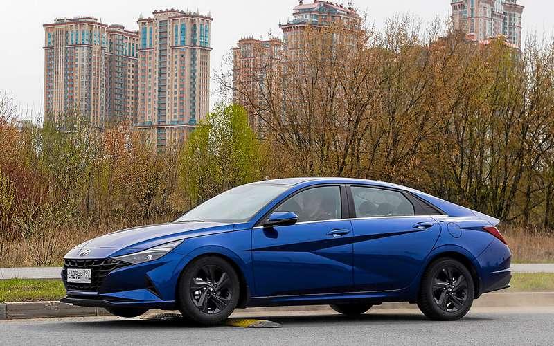 Hyundai Elantra, VWJetta, Skoda Octavia— тест вцифрах