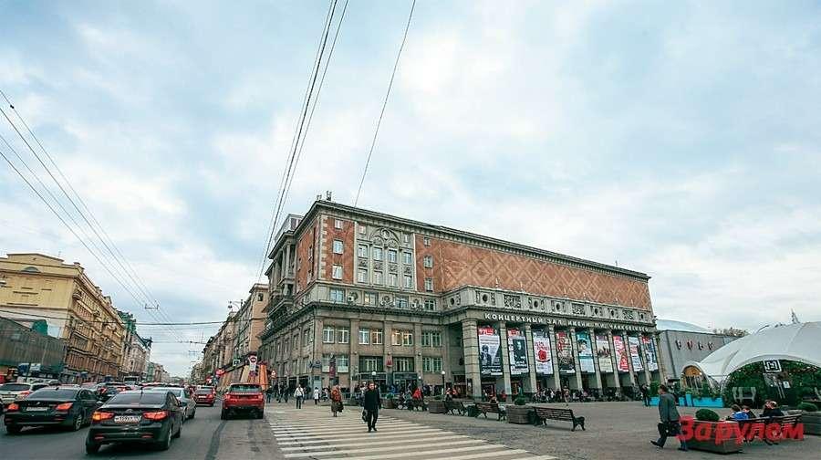 Последам московского автопрома: от«Бромлей» до«Москвича»— фото 260360