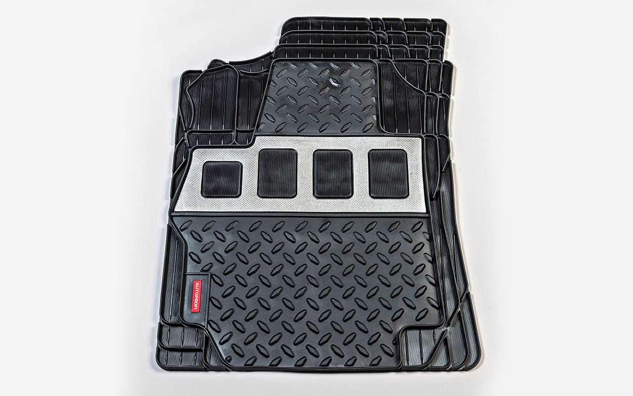 Выбираем коврики дляавтомобиля— тест 10комплектов— фото 827620