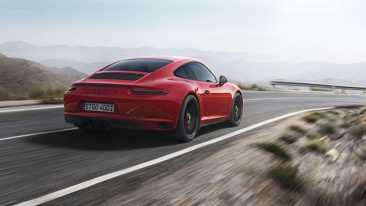 Рябь вглазах: Porsche 911GTS надел «кислородную маску»— фото 690601