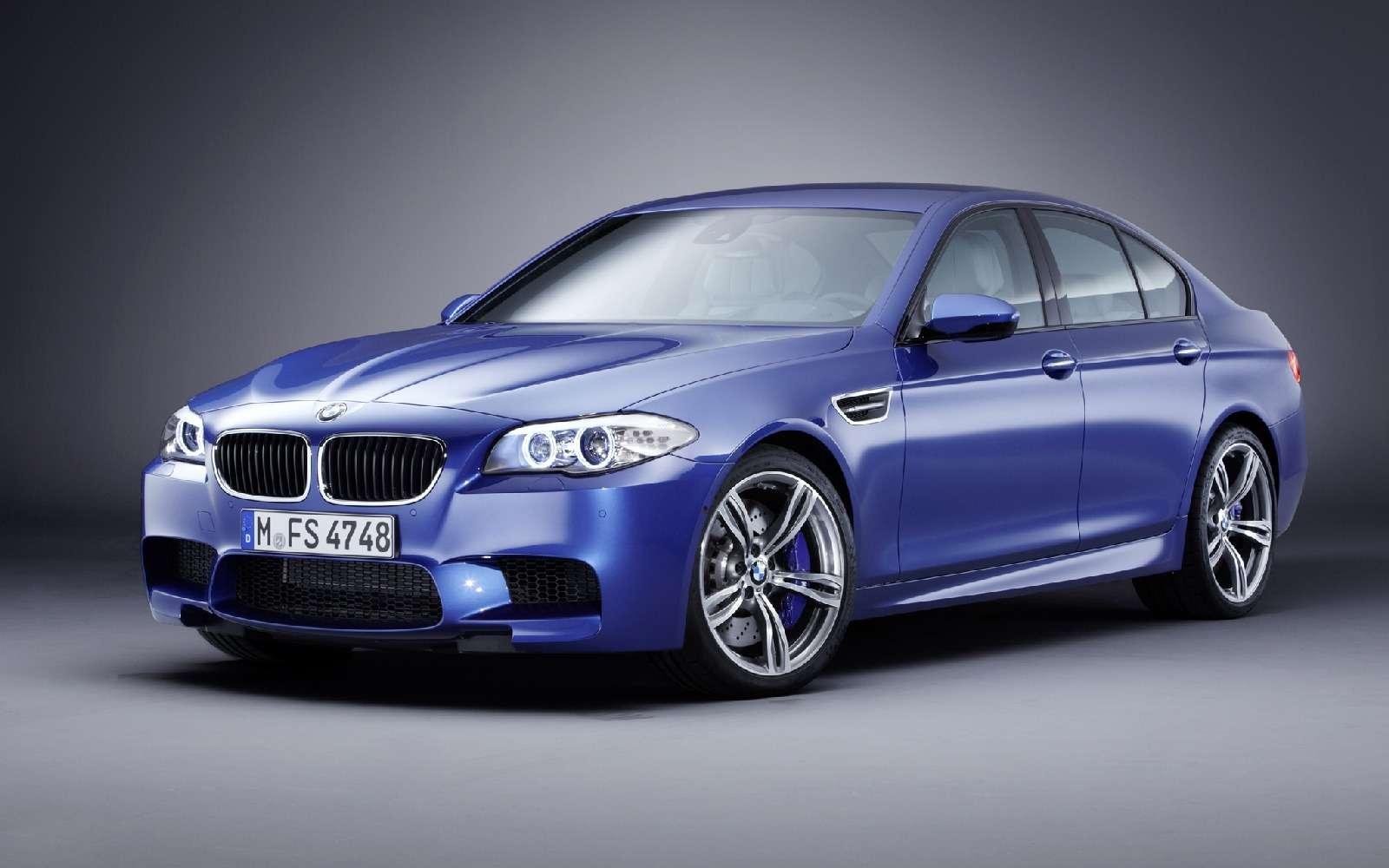 BMWM5не прощается, ноговорит досвидания— фото 611103