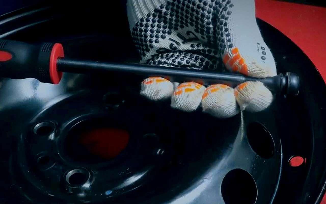 Какпоменять вентиль, неснимая шину— простой способ— фото 1196966