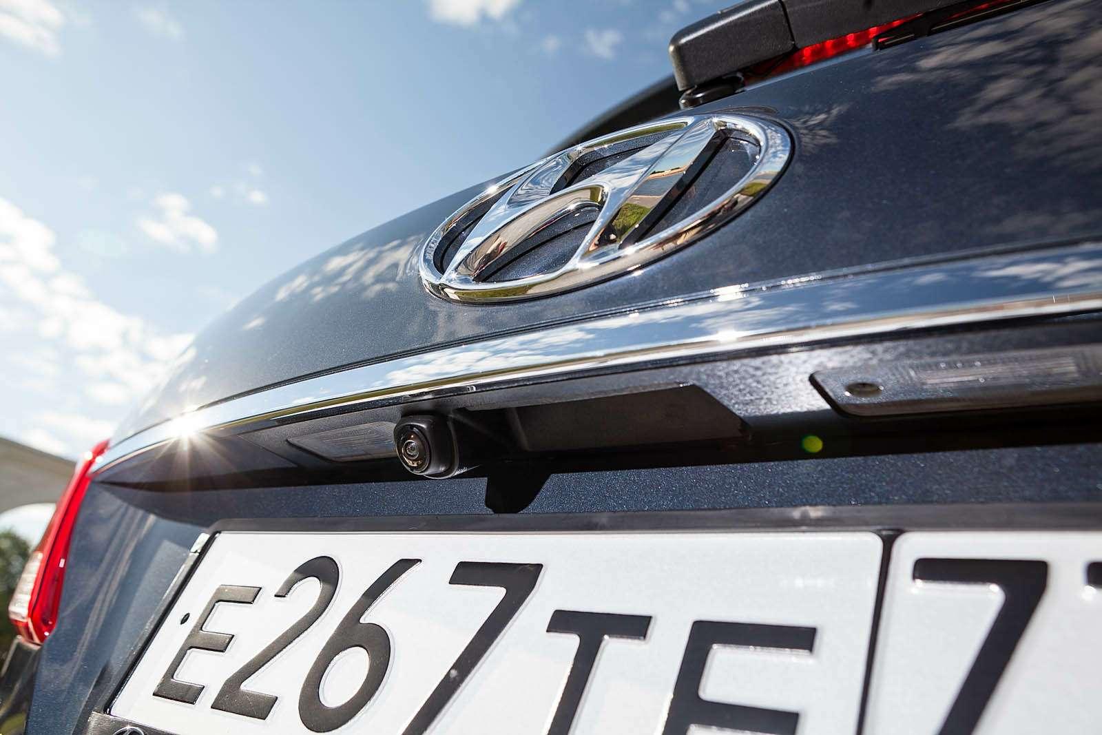 Обновленный Hyundai Grand Santa Fe: первый российский тест-драйв— фото 593814