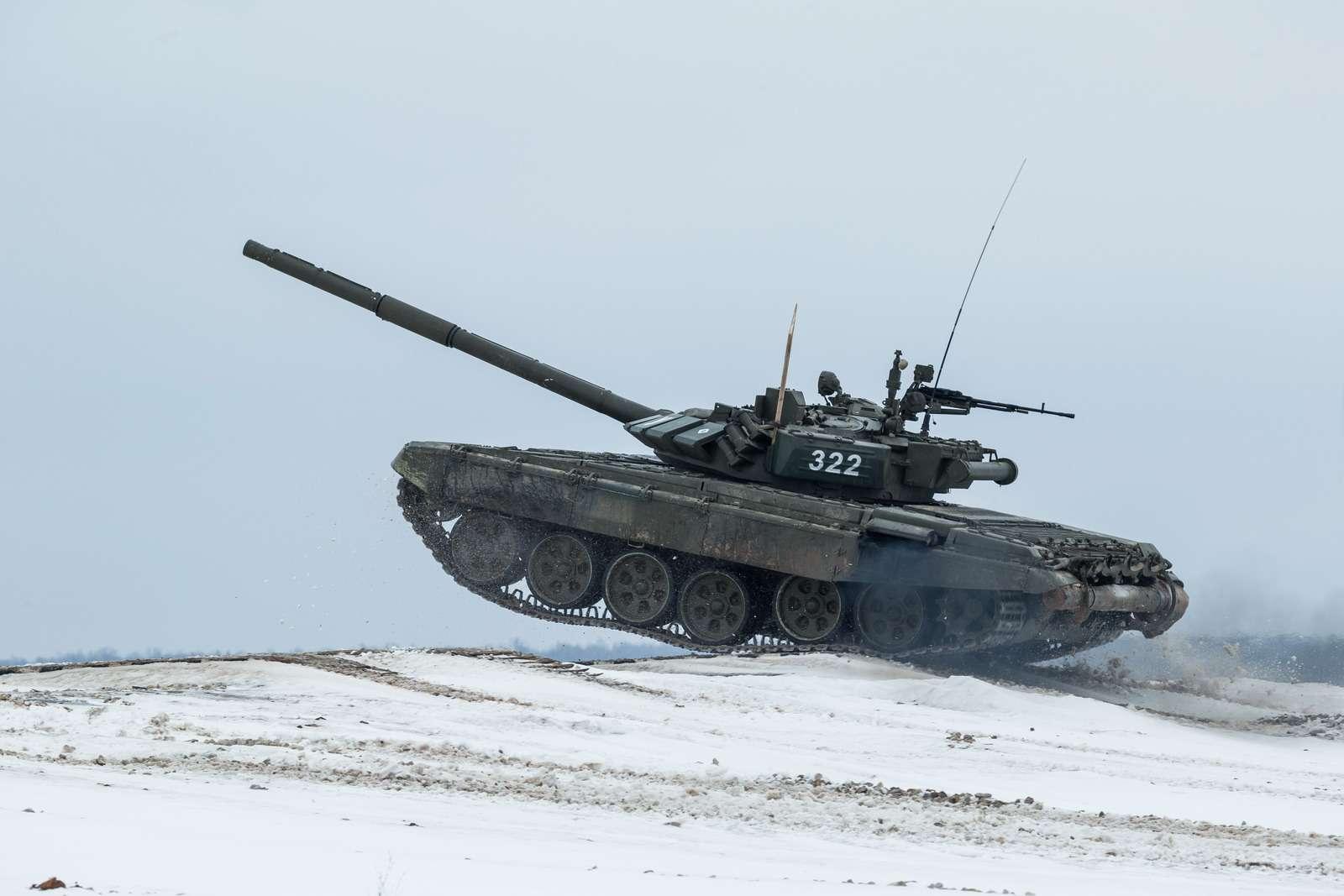 T-72B3_6