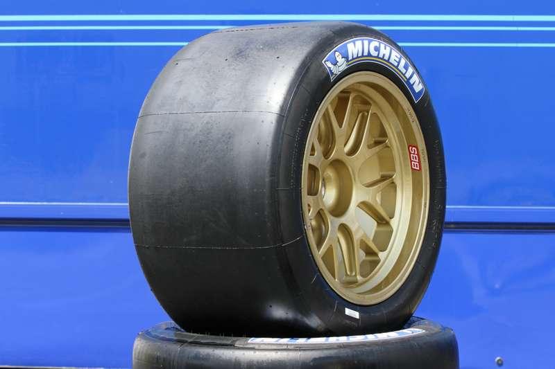 MICHELIN Hybrid tyre_24 Heures duMans 2012