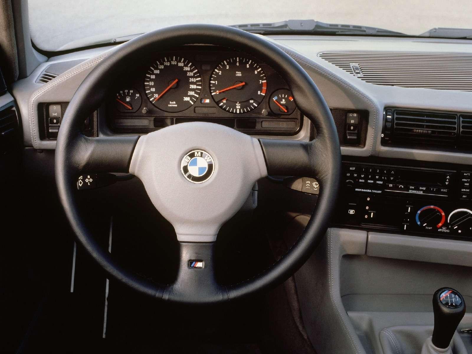 BMWM5не прощается, ноговорит досвидания— фото 611111