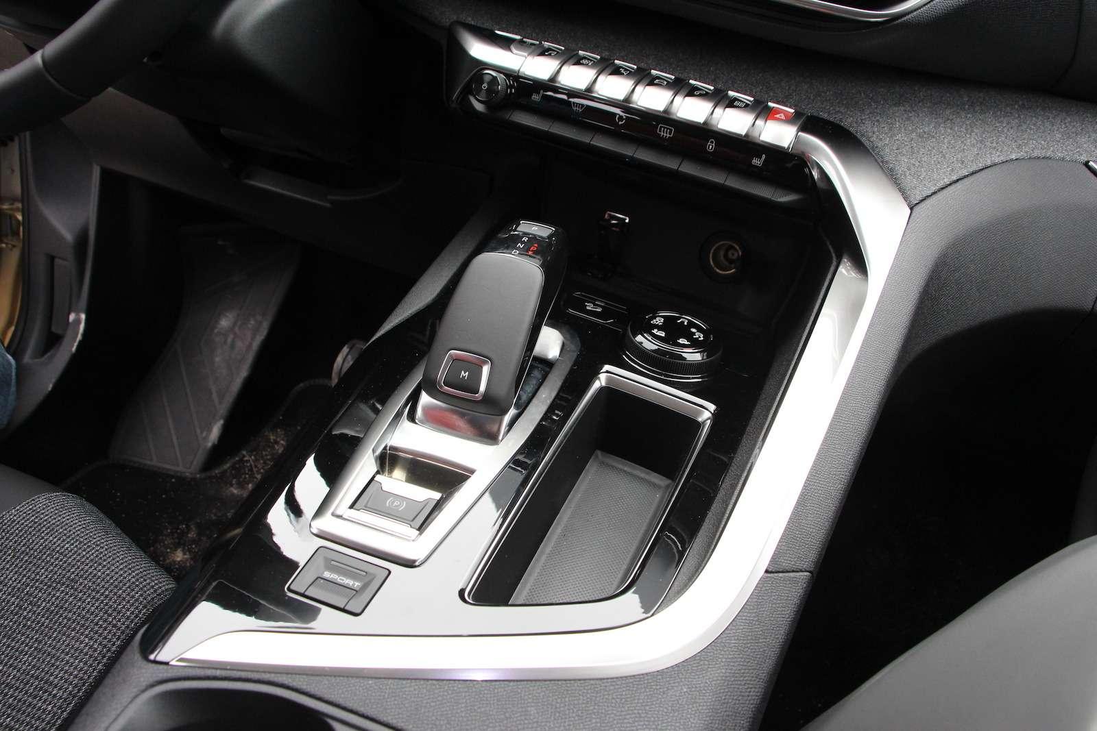 Оператив ЗР: зачем «опаркетили» Peugeot 5008?— фото 714305