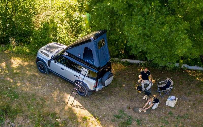 Land Rover сделал изнового Дефендера кемпер