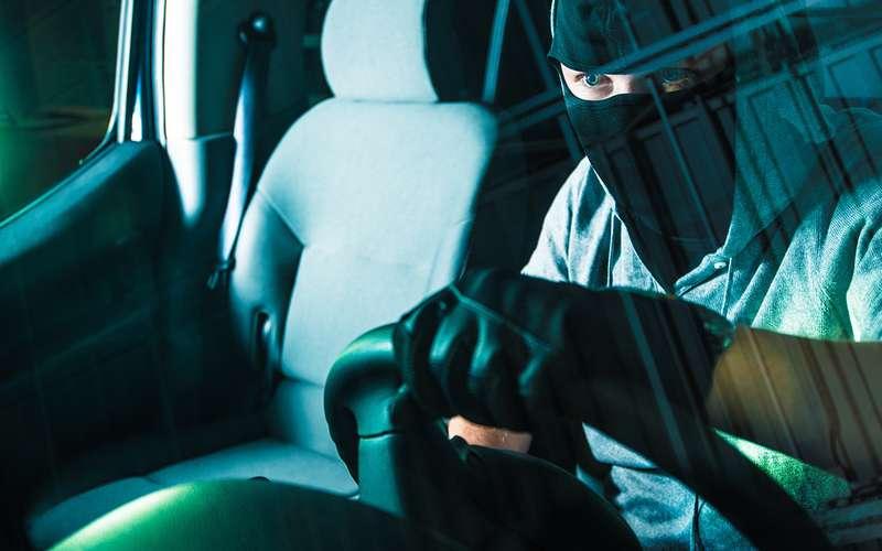 Специалисты: Системы запуска мотора скнопки повышают риск угона авто