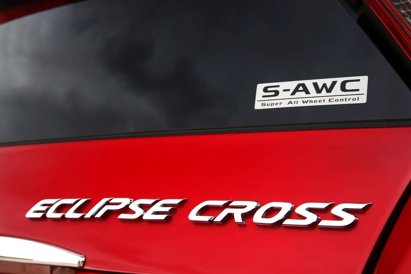 Mitsubishi Eclipse Cross примет участие вфестивале бега— фото 854327