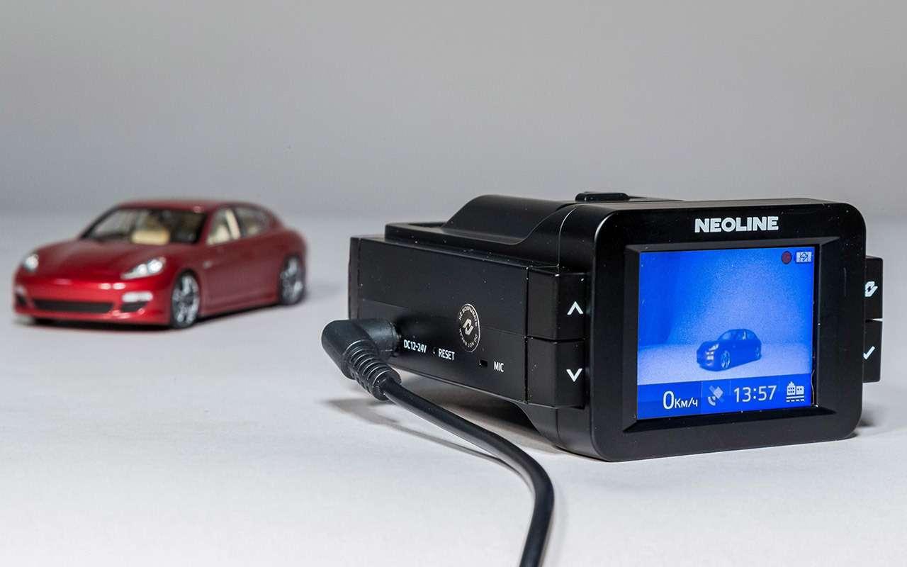 Классический или ввиде зеркала— какой видеорегистратор срадар-детектором лучше— фото 966775