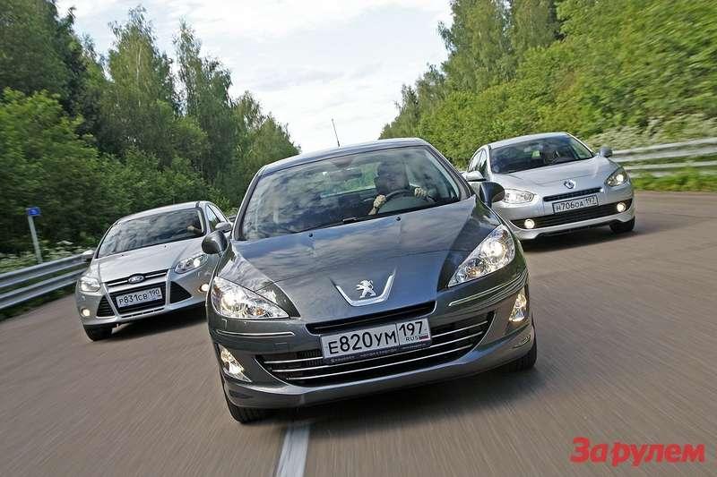 Peugeot 408, Ford Focus, Renault Fluence
