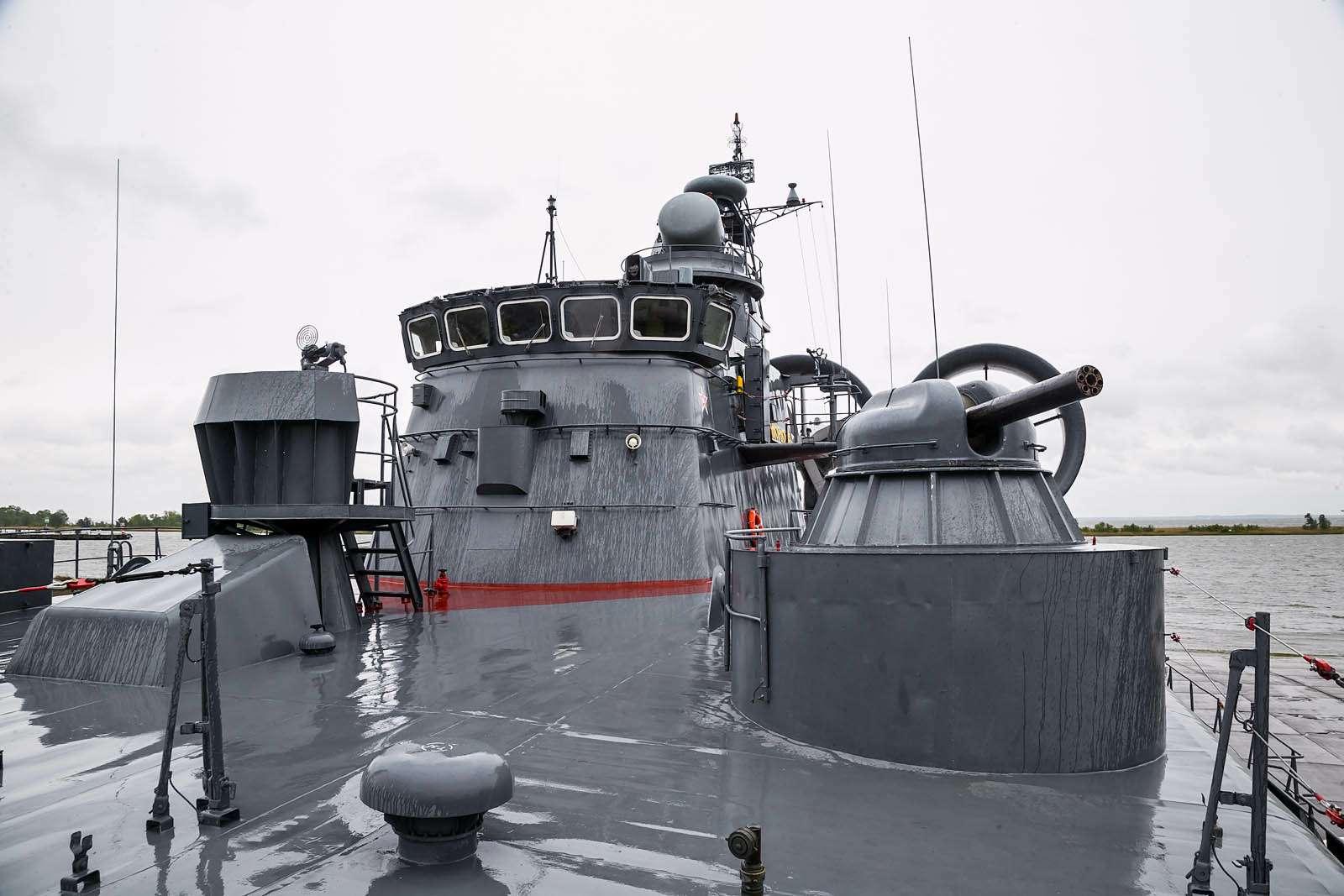 Малый десантный корабль Зубр: самый большой навоздушной подушке— фото 612050