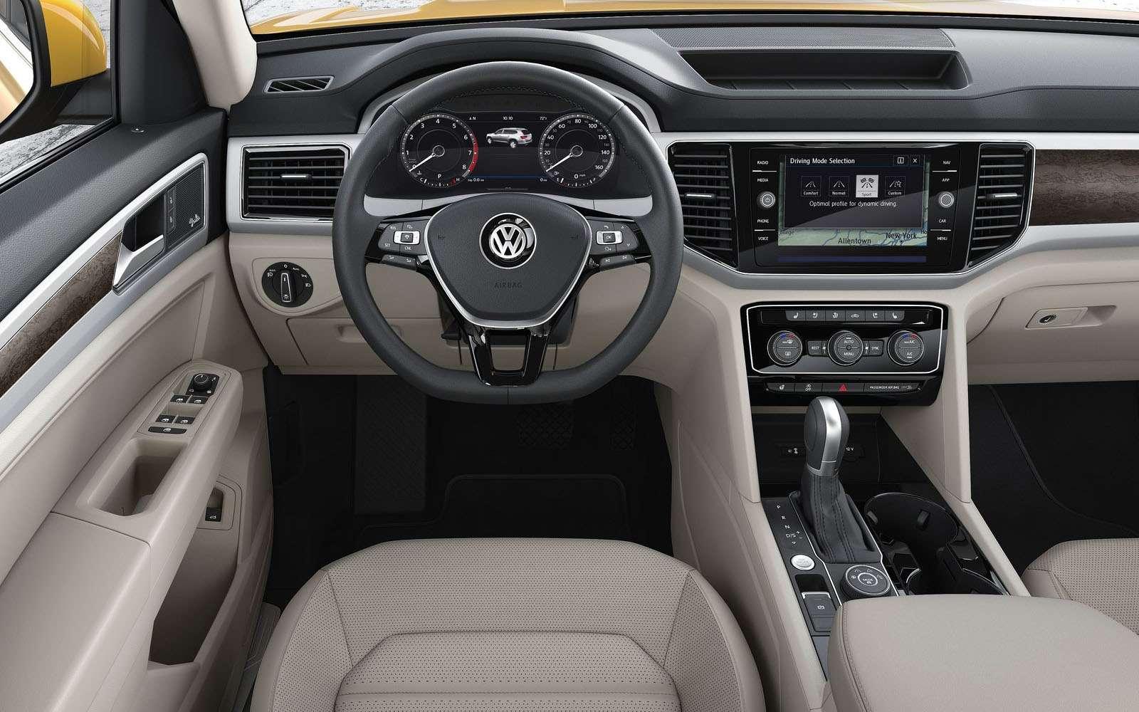 Volkswagen Teramont дляРоссии: два двигателя ипятиместный салон— фото 845583