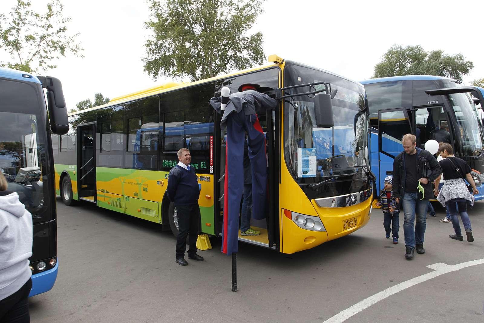 Автобусы нашего детства— выставка пассажирского транспорта— фото 792718