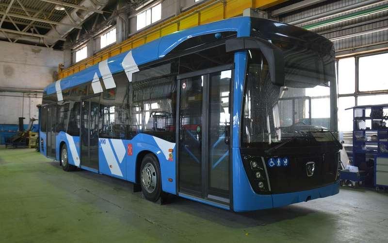 Новый троллейбус КАМАЗа может ездить «без рогов»