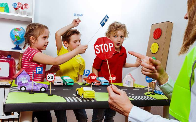 3причины, почему надо переписать Правила дорожного движения