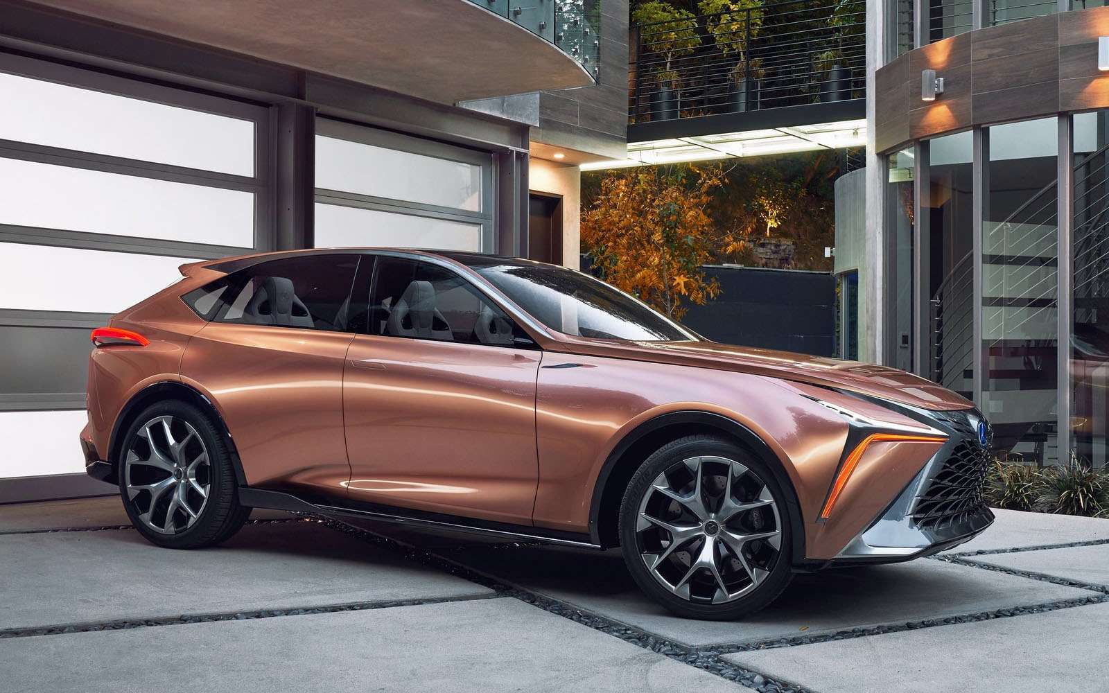 Lexus показал свой будущий флагманский кроссовер— фото 836192