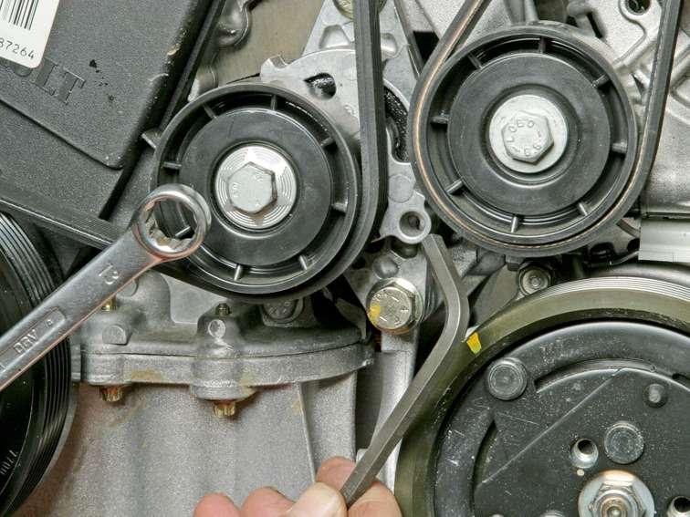 Как заменить ремень генератора на рено дастер