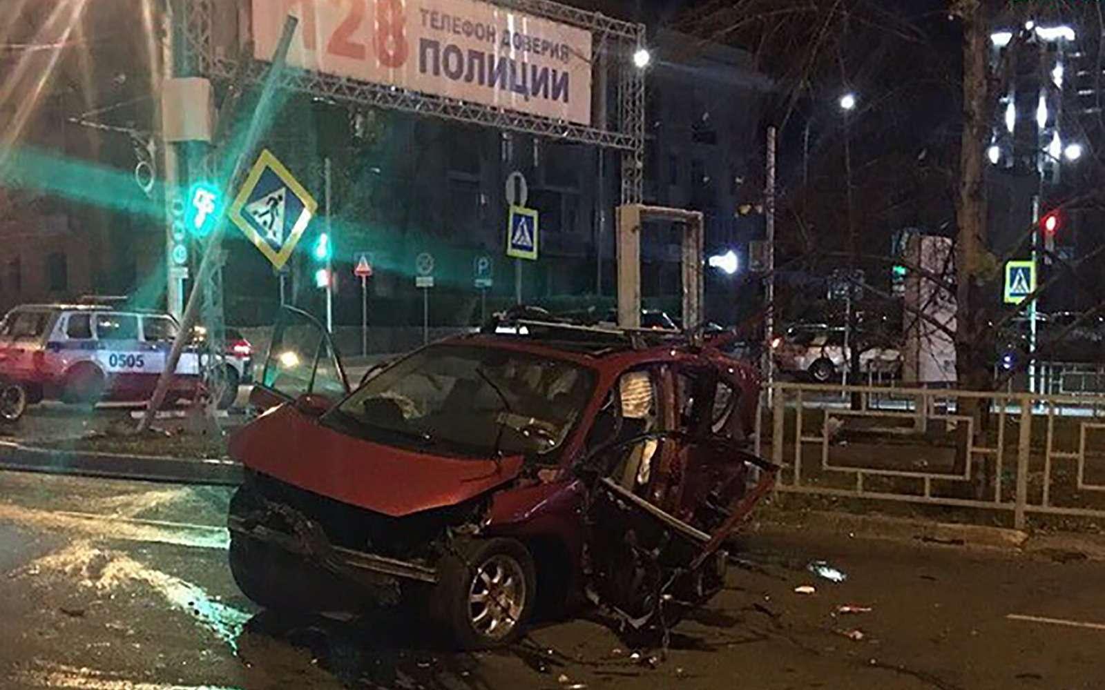 Пьяный мажор наBMW убил ваварии двух детей иженщину
