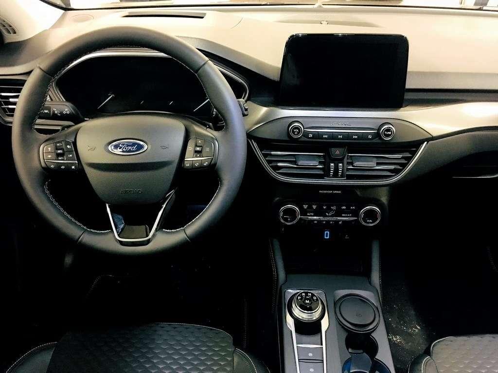 Ford Focus 2019: первый тест-драйв— фото 940618