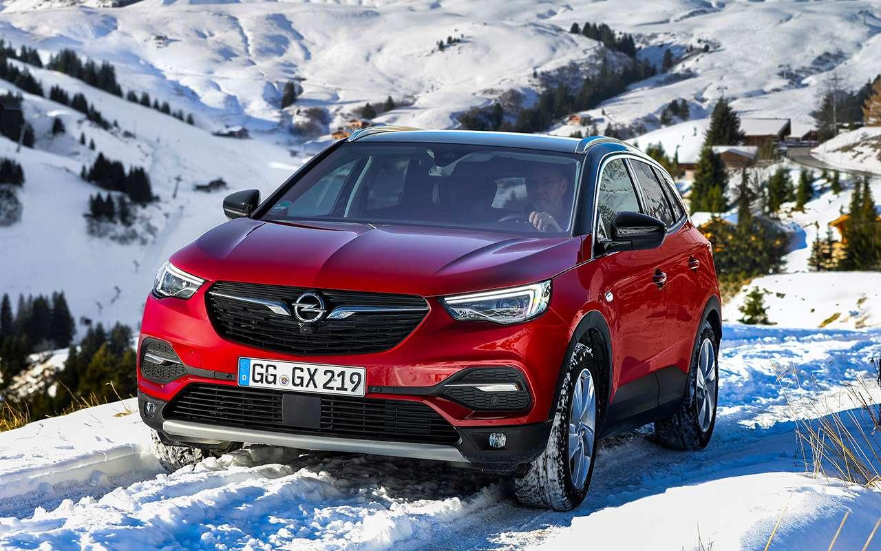 Первый Opel дляРоссии: тест-драйв кроссовера Grandland X— фото 1058346