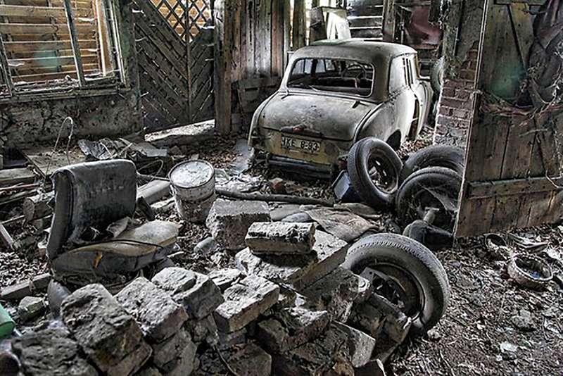 ВБерлине отыскали заброшенную СТО ссоветскими «Москвичами»
