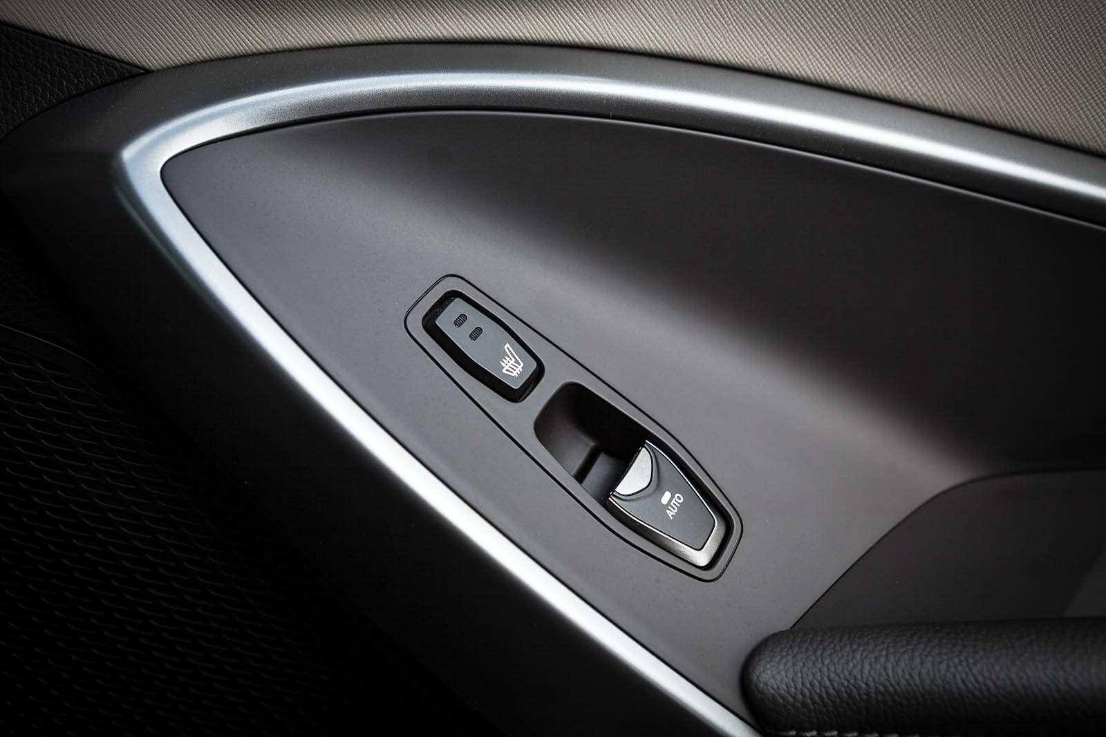 Обновленный Hyundai Grand Santa Fe: первый российский тест-драйв— фото 593801