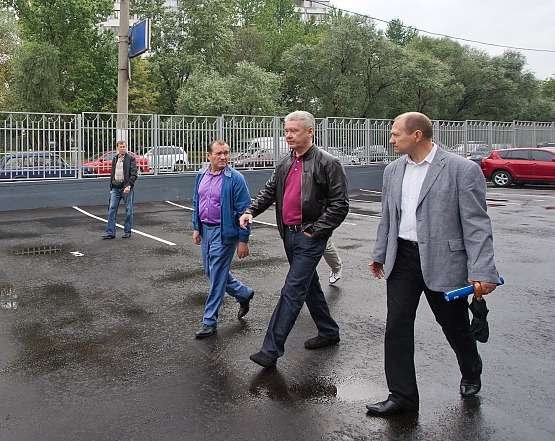 Сергей Собянин входе объезда города