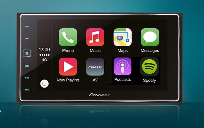 Система Apple CarPlay появится на40моделях автомобилей в2015 году