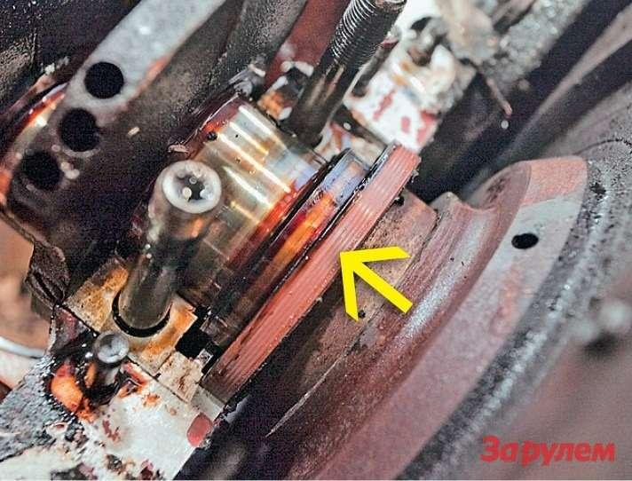 Задний сальник коленвала был надежной преградой моторному маслу