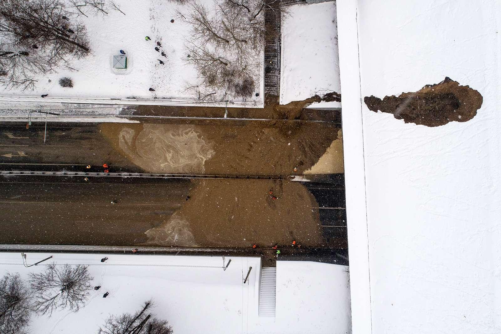Транспортный коллапс вМоскве: затопило один изтуннелей