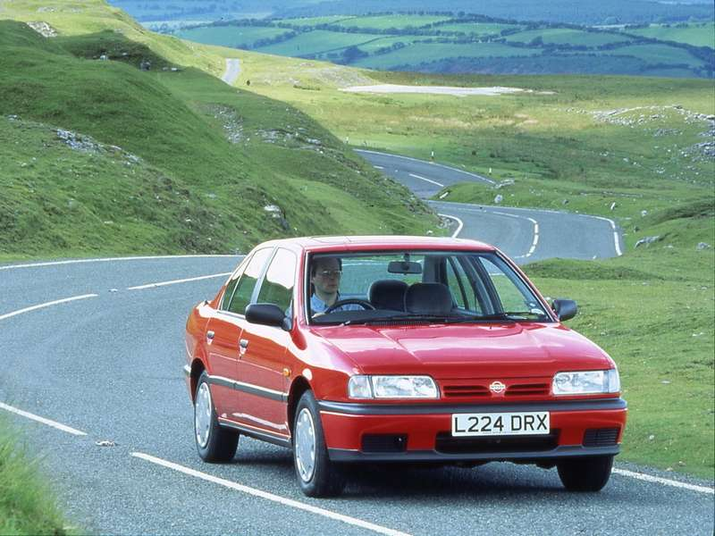 Nissan Primera (1999— 1996гг.)