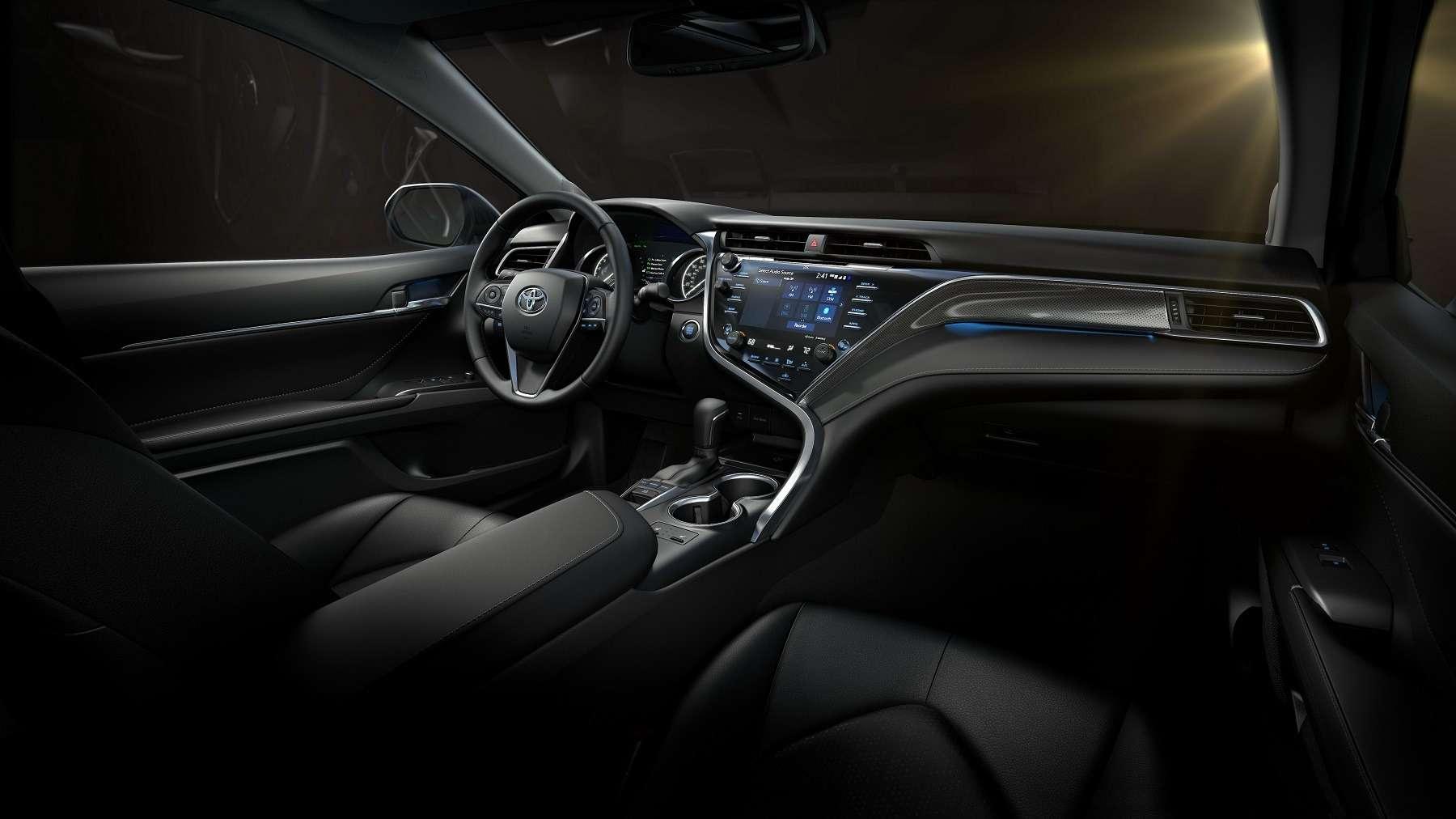 Встречайте: новая Toyota Camry!— фото 690543