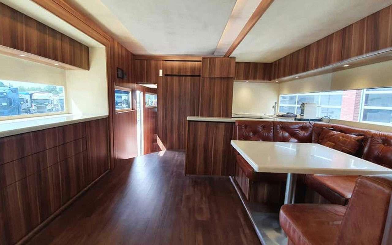Удивительная автовилла Scania RV— три спальни игараж— фото 1136895