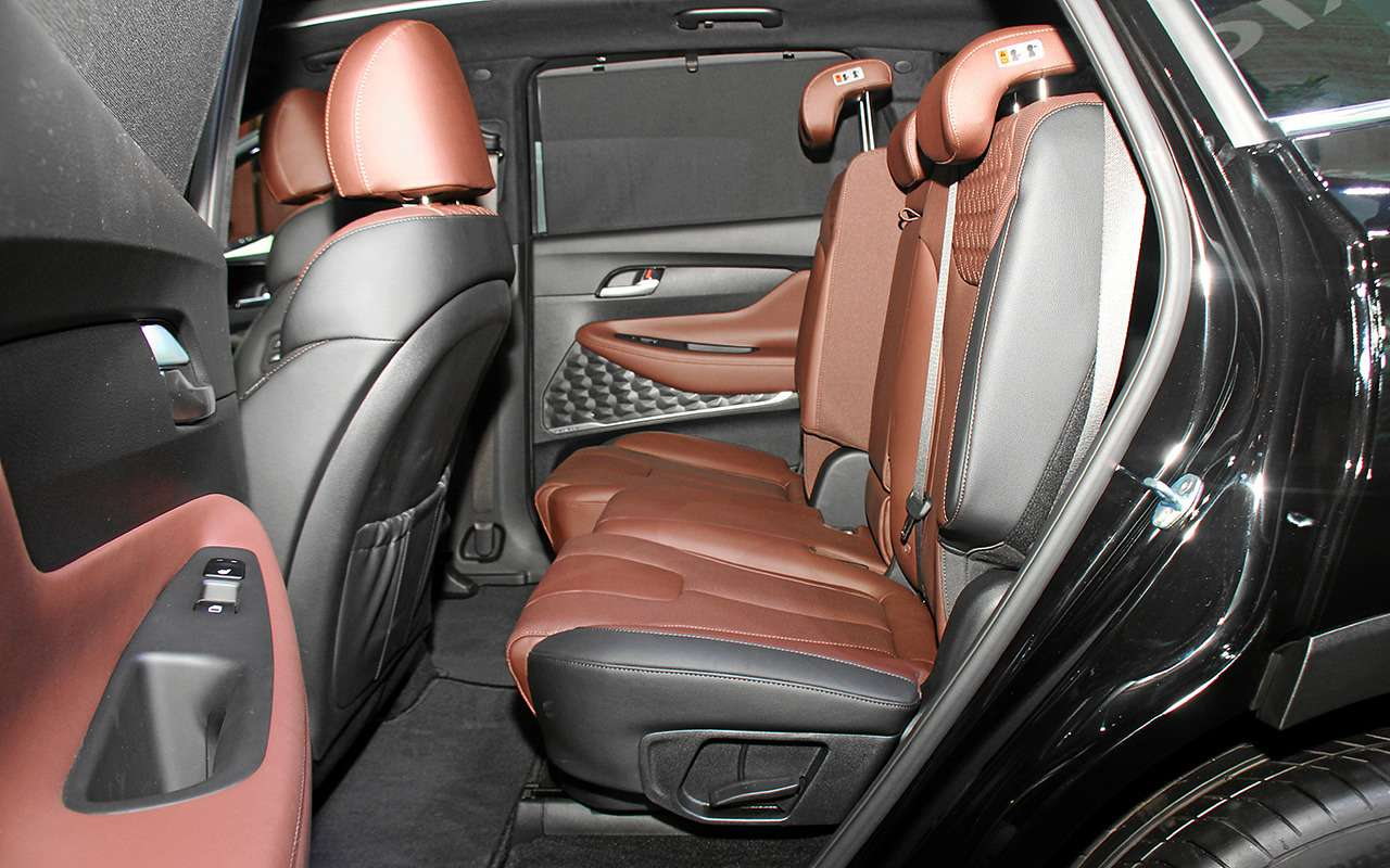 Появилась новая комплектация Hyundai Santa Fe— Black&Brown— фото 900667