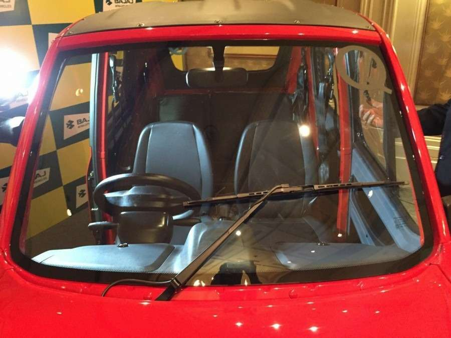 Bajaj-Qute-front-seats-during-unveil-in-India-900x675